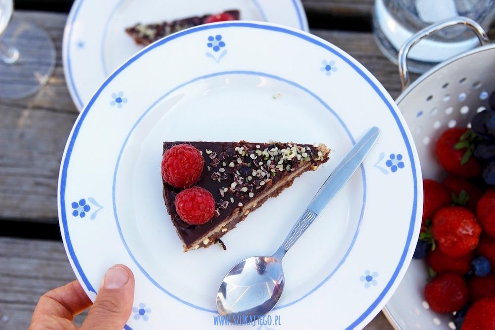 rawvegan chocolate cake